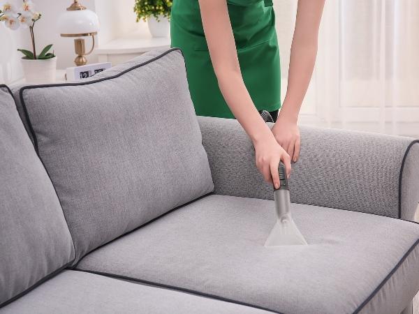 10 نصائح في التدبير المنزلي لتنظيف الأرئك