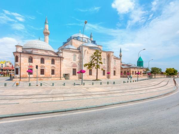 السياحة في تركيا تحلو بزيارة قونية