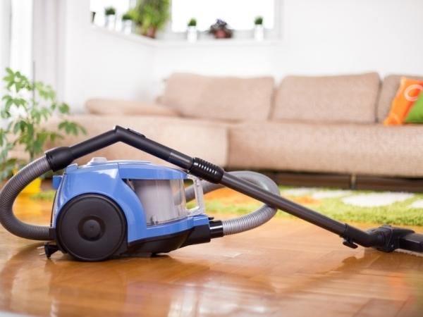 نصائح التدبير المنزلي لتنظيف الأجهزة الكهربائية
