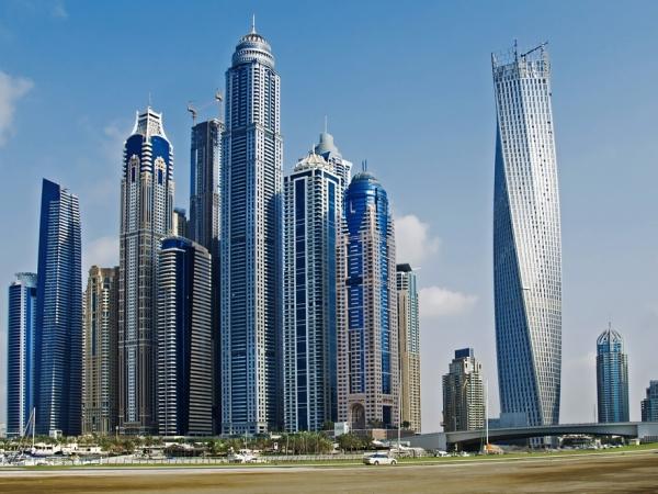 محطات متفرقة عند السياحة في دبي