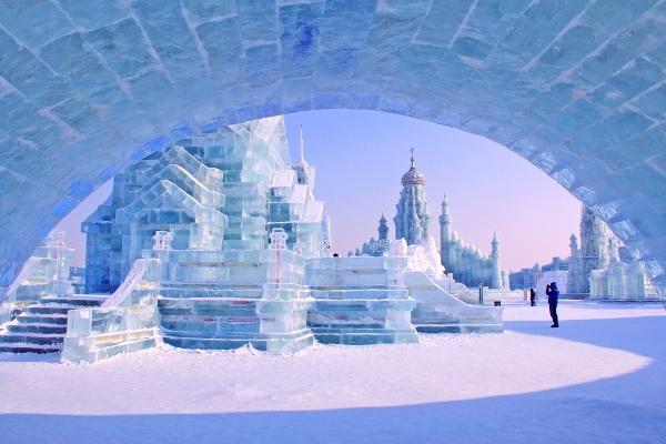 السفر إلى الصين: سياحة شتوية في هاربين مدينة الثلج،