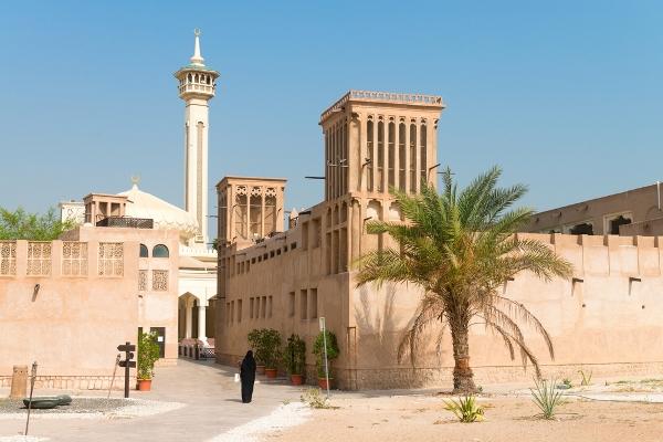 رحلات سياحية داخل الامارات
