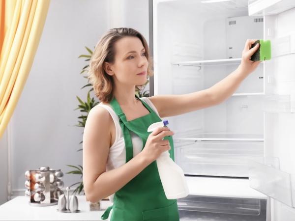 التدبير المنزلي: 8 نصائح للتخلص من روائح القلي