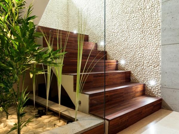 الإضاءة على السلالم