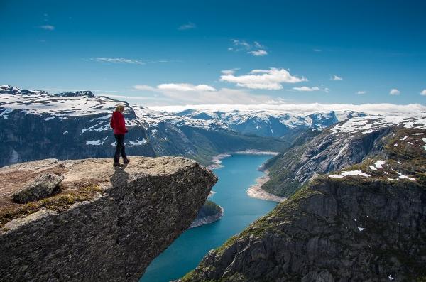 صور: عناوين سياحية مذهلة في العالم