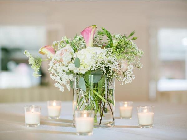 التدبير المنزلي لتلافي ذبول الأزهار Memorial-House.jpg