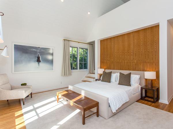 غرفة نوم ليوناردو دي كابريو Leonardo DiCaprio