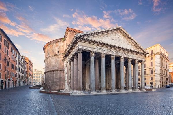 البانتيون يعدُّ من الأبنية القديمة الأكثر قدمًا في روما
