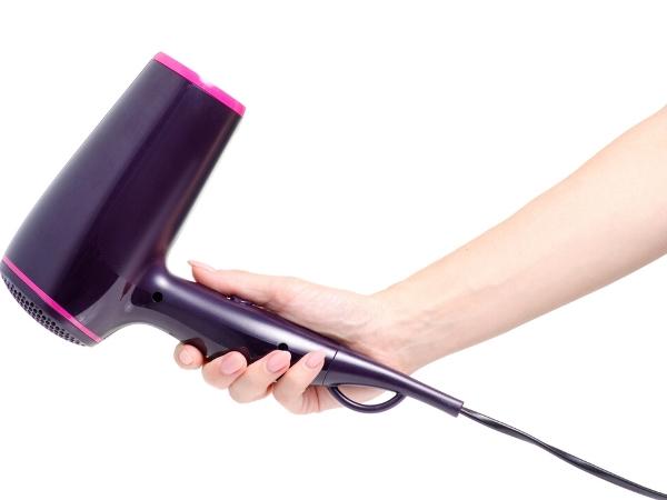 فيديو: 3 استخدامات لمجفف الشعر في التدبير المنزلي