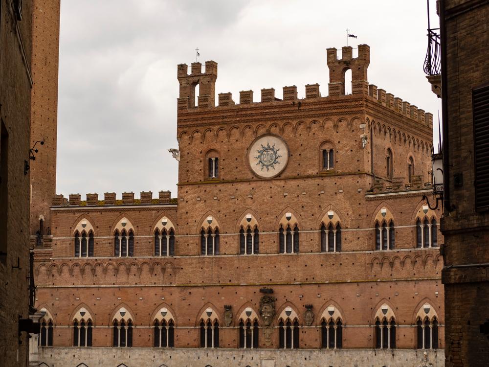 السياحة في ايطاليا: إجازة قصيرة في سيينا