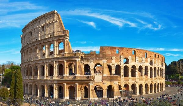 السياحة في ايطاليا: روما تجذب المسافرين العرب