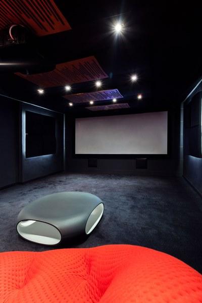 ديكور صالة السينما المنزلية