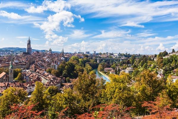 السياحة في سويسرا: برن لرحلة ترفيهية وثقافية
