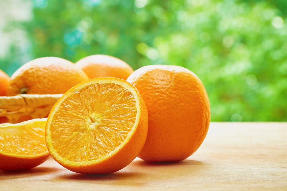البرتقال ثمرة غنيَّة بالألياف، توفِّر 16%من احتياجات المرء اليوميَّة من هذا العنصر