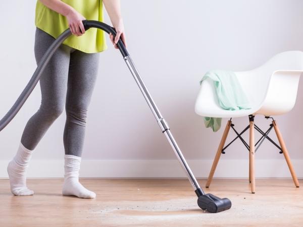 إرشادات في التدبير المنزلي قبل شراء المكنسة الكهربائية