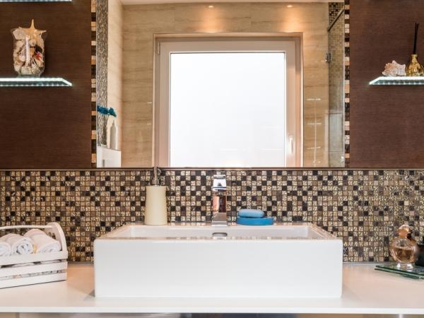 ديكورات حمام الضيوف في المنزل السعودي