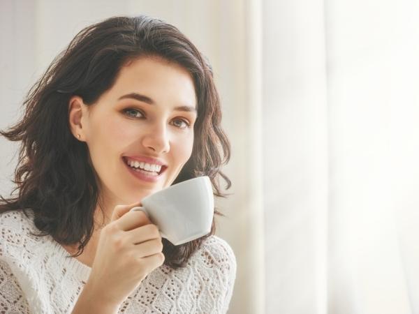 اتيكيت شرب القهوة في المجالس