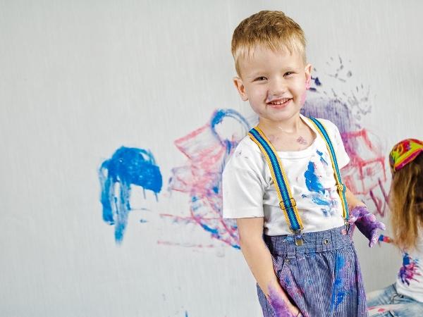 التدبير المنزلي: خطوات للتخلص من بقع الأطفال