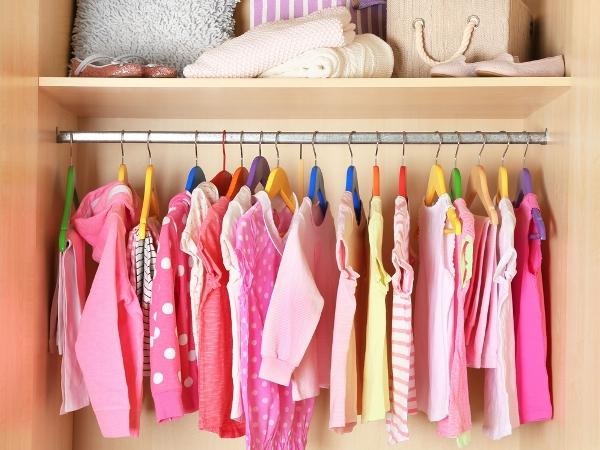 التدبير المنزلي: 8 نصائح للتخلص من الكراكيب في خزائن الأطفال