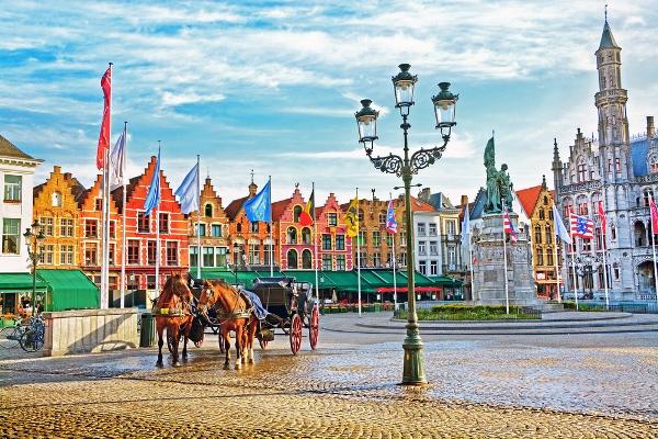 السياحة في بلجيكا: أماكن تاريخية مغرية