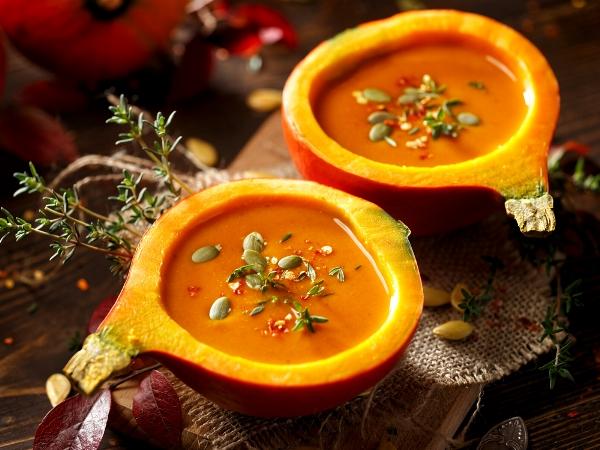 رجيم الشتاء: شوربات القرع والملفوف والبطاطس الحلوة في مواجهة الجوع