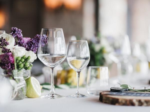 التدبير المنزلي: خطوات إعداد مائدة رأس السنة