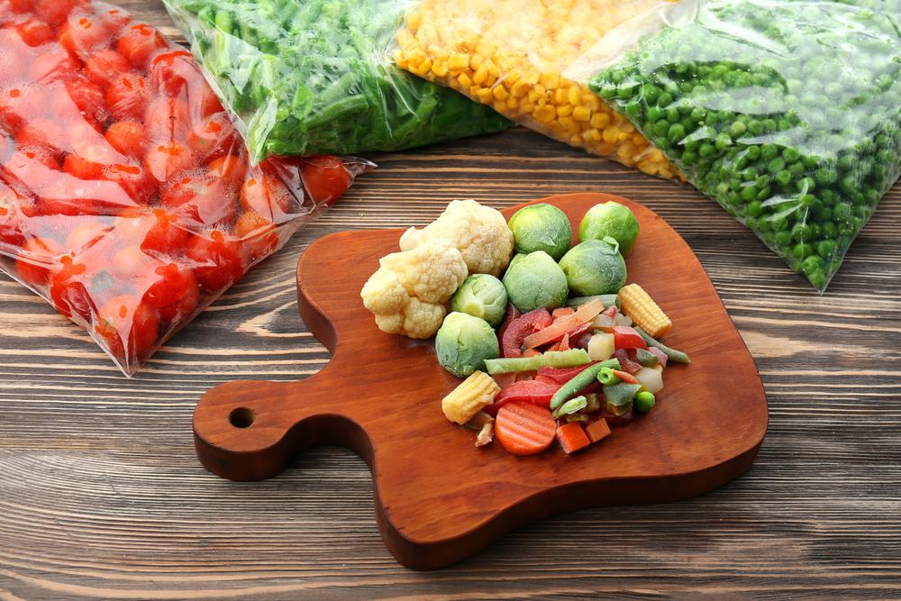 من أفكار للتوفير في ميزانية رمضان، تجميد الخضراوات بأنواعها في مواسمها للإفادة من ثمنها المقبول