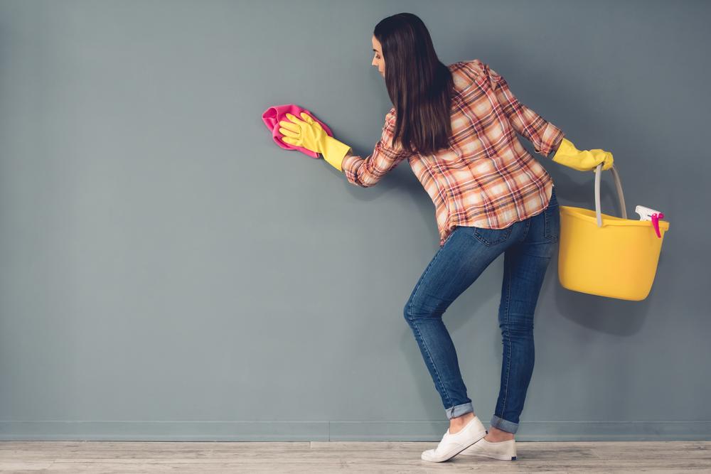 التدبير المنزلي: 7 نصائح لتنظيف ورق الجدران