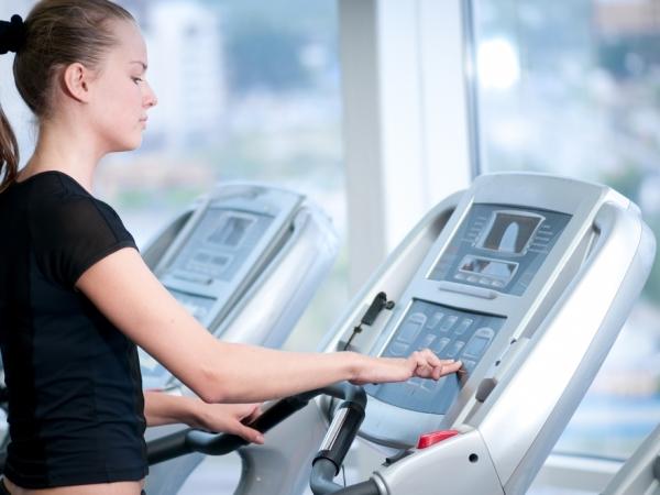 المشي افضل رياضة لإحراق الدهون