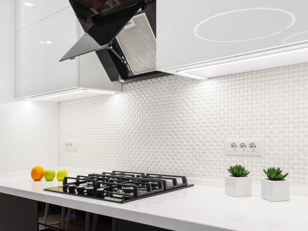 نصائح التدبير المنزلي في تنظيف مروحة المطبخ