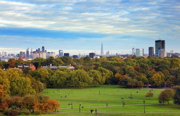 لندن... لماذا هي الوجهة المفضلة للسعوديين؟