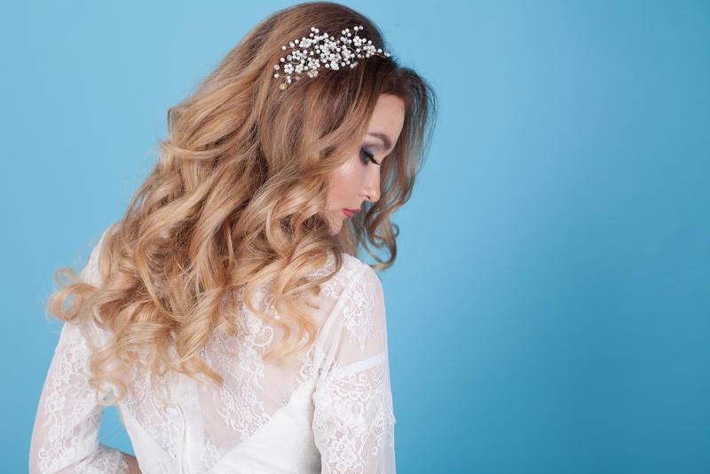 أسباب تساقط شعر العروس