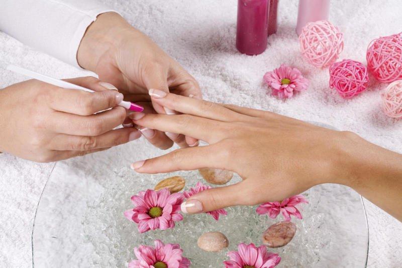 تنعيم يد العروس