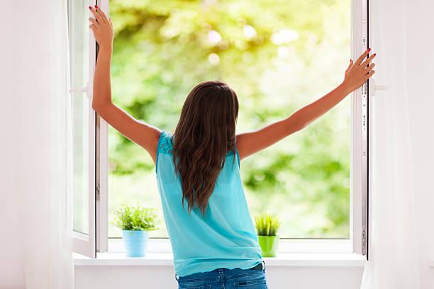تهوئة المنزل ضرورية لطرد الفيروسات