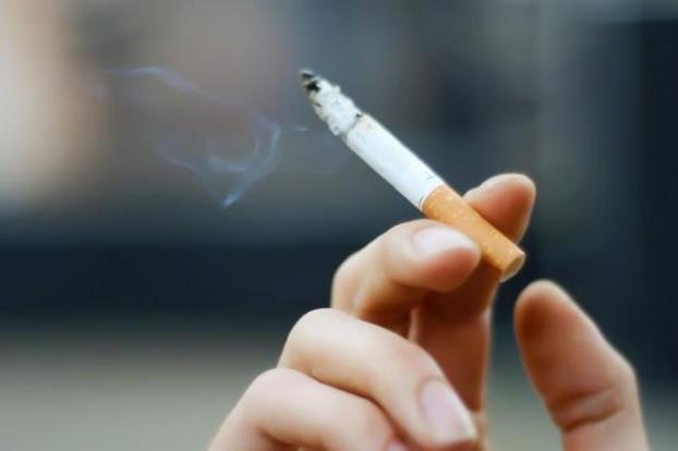 التدخين أحد اسباب الإصابة بالقرحة