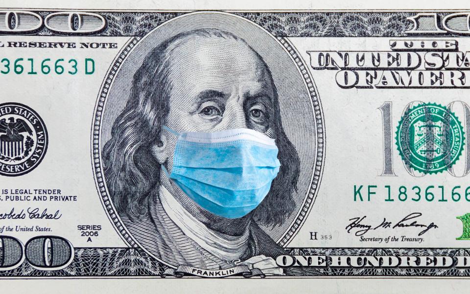 تعاملوا مع النقود الورقية بحذر تام