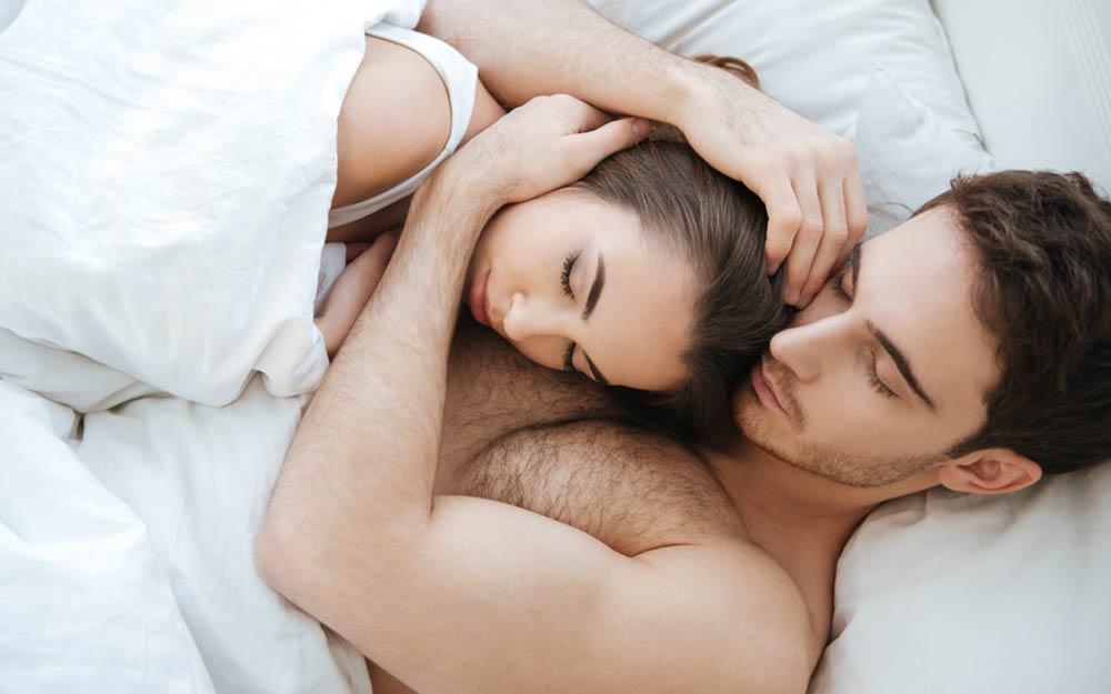كيف يكون الرجل بعد ممارسة العلاقة الجنسية؟