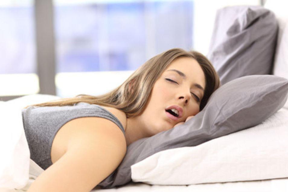 النوم الجيد يحمي من الإصابة بالزكام