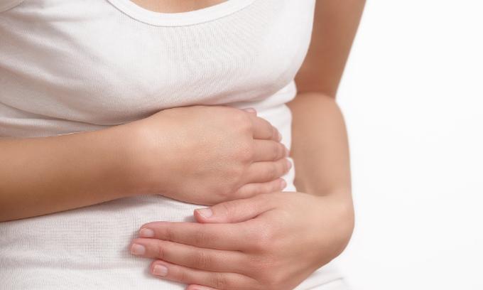 انتقال العدوى إليك قد تحصل بسبب عدم نظافة اليدين اثناء تحضير الطعام
