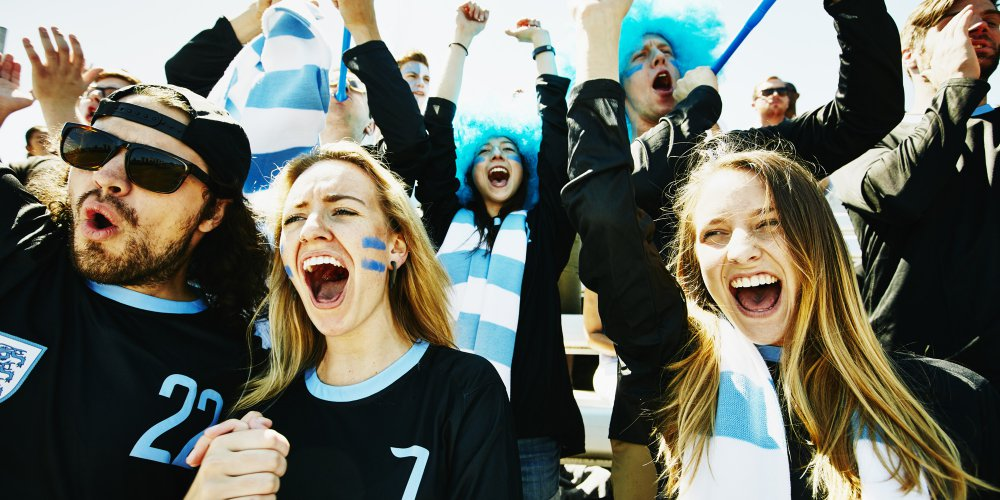 خلال المباريات الرياضية يعلو الضجيج وقد يؤثر على السمع