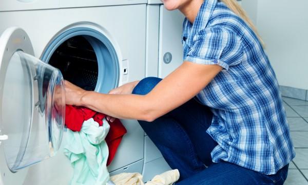 ماذا عن غسل الملابس للوقاية من كورونا؟
