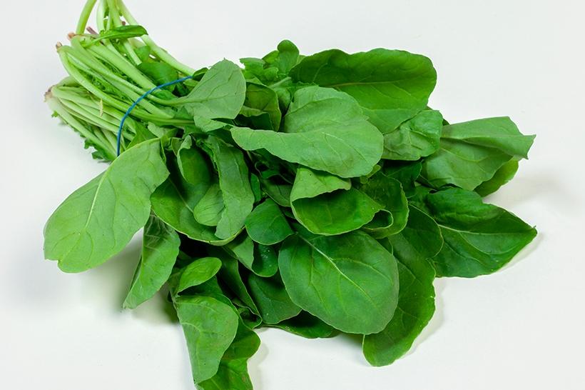 الخضروات الورقية الخضراء تسبب حصى الكلى