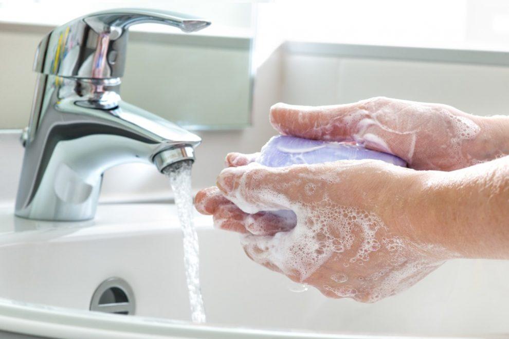 غسل اليدين بالماء والصابون فعّال جداً