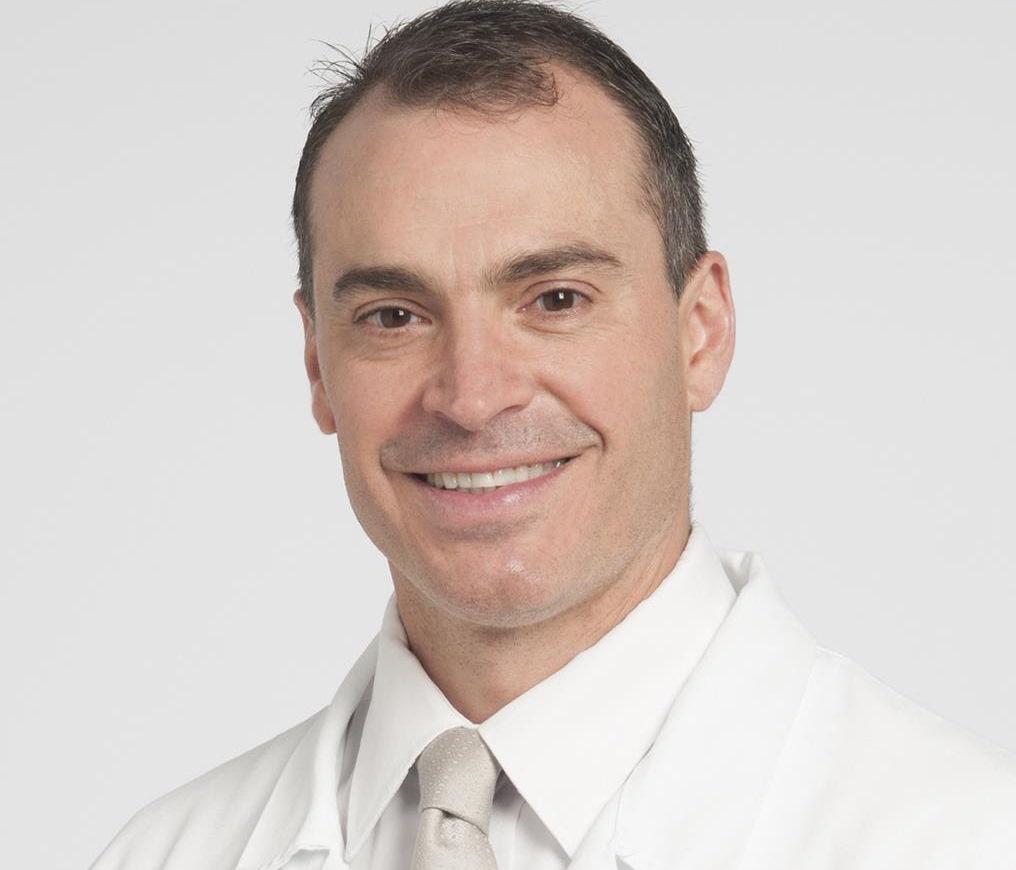الدكتور أنطوني فرنانديز