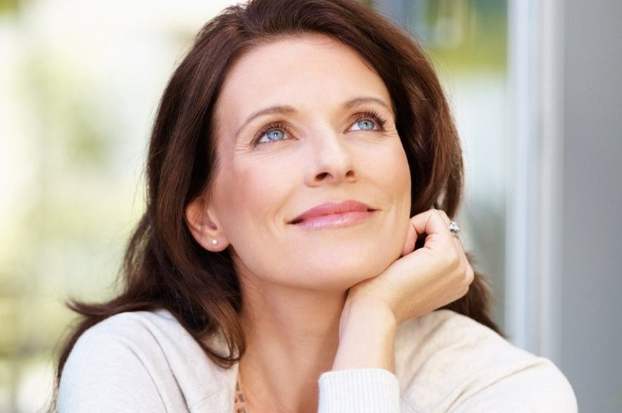 المليسة مفيدة للنساء في مرحلة انقطاع الطمث