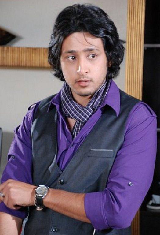 فيصل العمري
