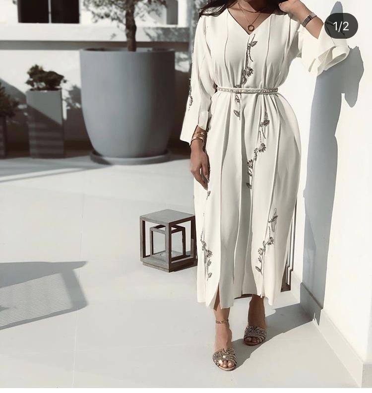 العباية الفستان مع حزام الخصر