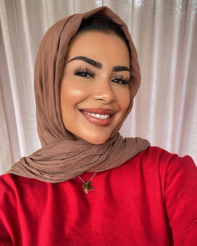 لفات حجاب فضفاضة بالطريقة التقليدية