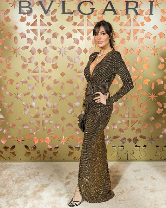فستان طويل لامع من alexandre vauthier للسهرات الفخمة