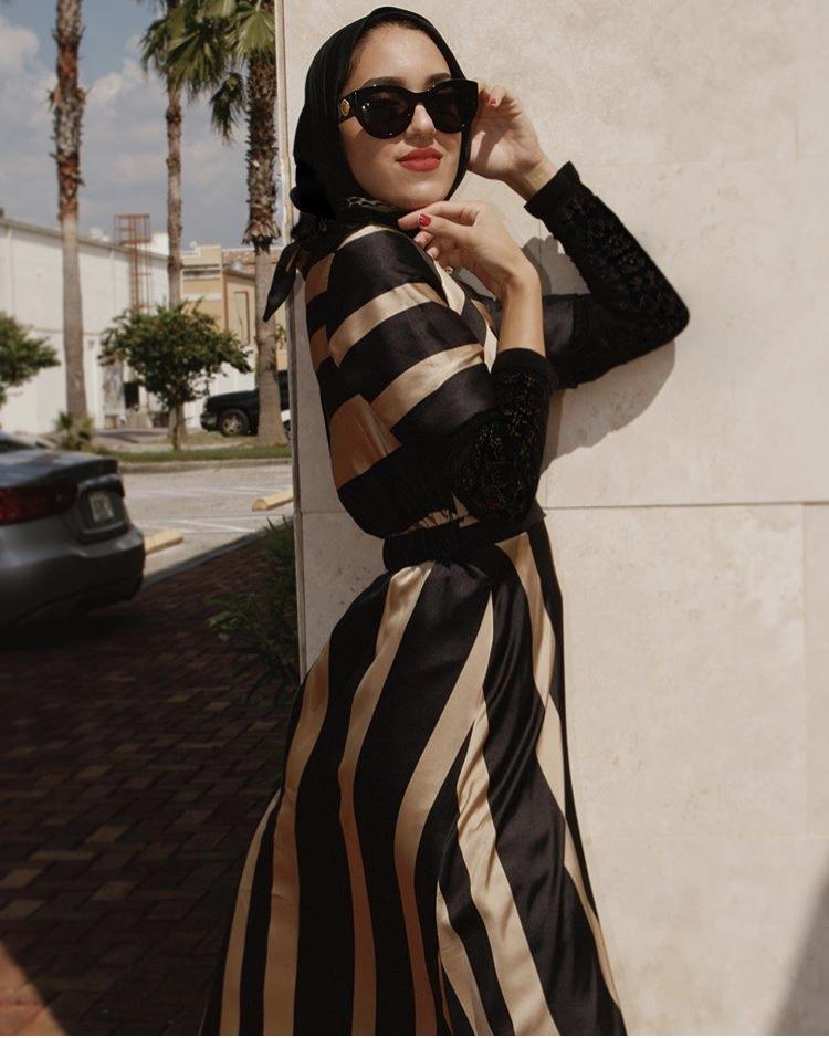 فستان ساتان ناعم مخطط